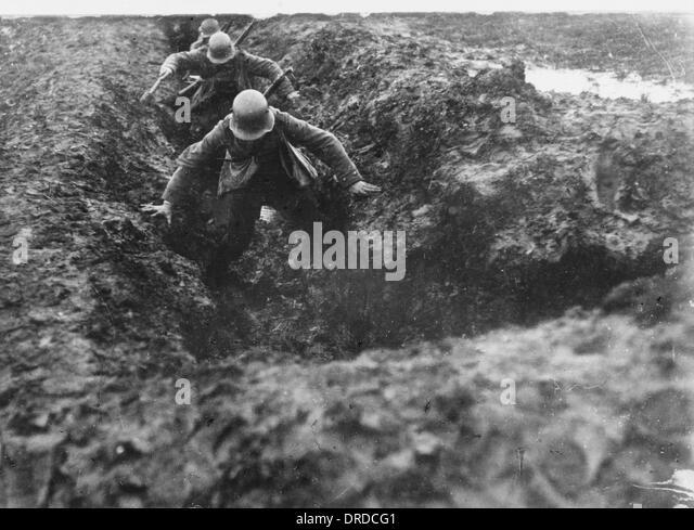 المعركة المتعددة الميادين.....Multi-Domain Battle German-stormtroopers-wwi-drdcg1