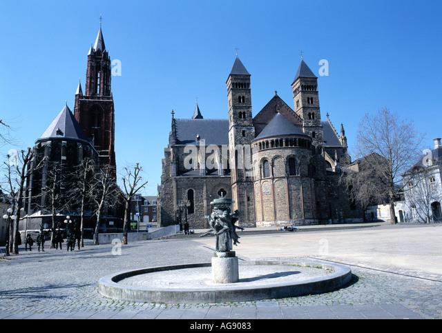Maastricht vrijthof winter stock photos maastricht - Maastricht mobel ...