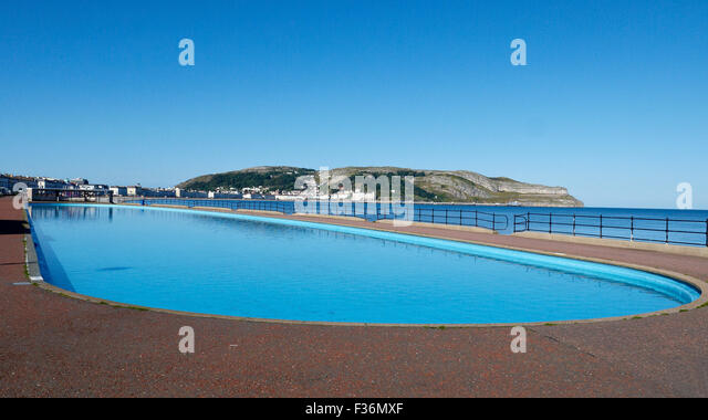 empty swimmingpool in llandudno wales stock photos empty swimmingpool in llandudno wales stock