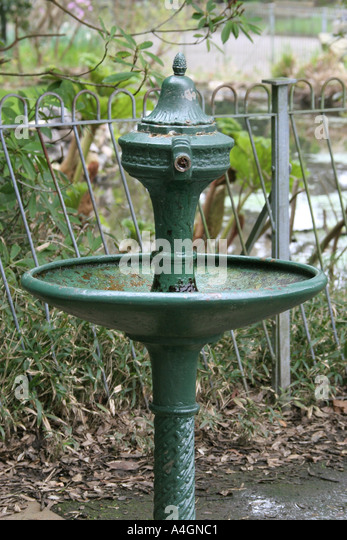 Victorian public drinking fountain stock photos for Decor 5 5 litre drink fountain