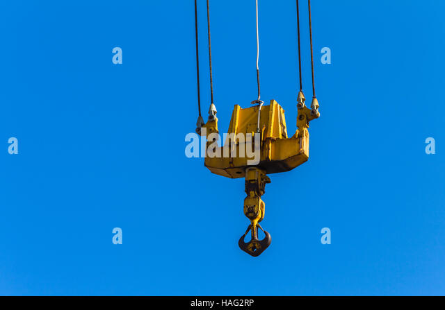 Pulleys In Cranes : Ports blue sky stock photos images