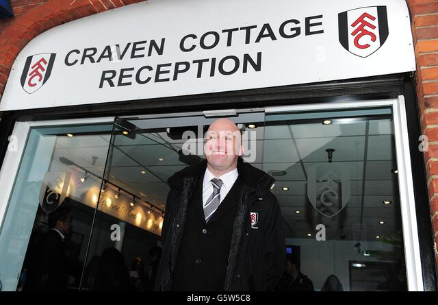 Soccer - Barclays Premier League - Fulham v Manchester United - Craven Cottage - Stock Image & Corporate Steward At The Corporate Reception Door Stock Photos ...