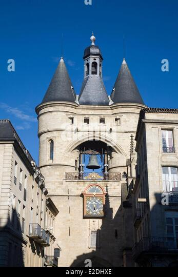 Bell cloche stock photos bell cloche stock images alamy for Porte 15 bordeaux
