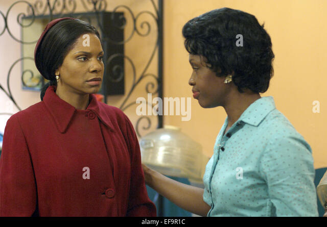 """a raisin in the sun and the color purple The """"clybourne park"""" in a raisin in the sun  audiences, of all colors, flocked to  the ethel barrymore theatre on broadway and demonstrated."""