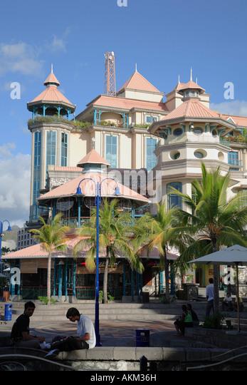 Le caudan waterfront stock photos le caudan waterfront - Restaurants in port louis mauritius ...