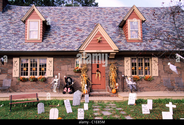 united states the berkshires north adams house decorated for halloween