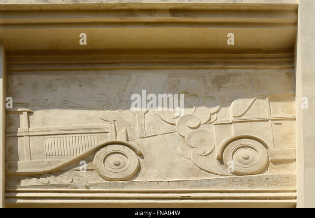 V Cars Bristol >> Exhaust Fumes And Cars Stock Photos & Exhaust Fumes And Cars Stock Images - Alamy