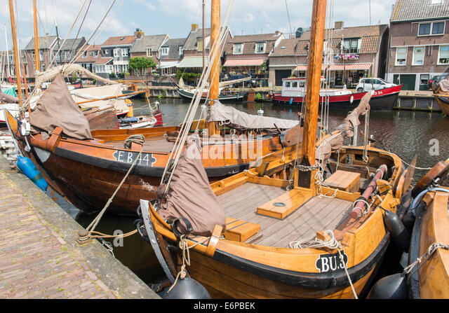 Botters stock photos botters stock images alamy for Fishing boat types