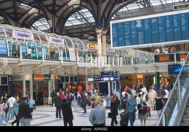 Live arrivals for London Liverpool Street Rail Station stop. Skip to navigation Skip to content Skip to footer We use cookies on the TfL website to make it easy to use.
