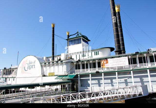 Isle of capri riverboat casino natchez