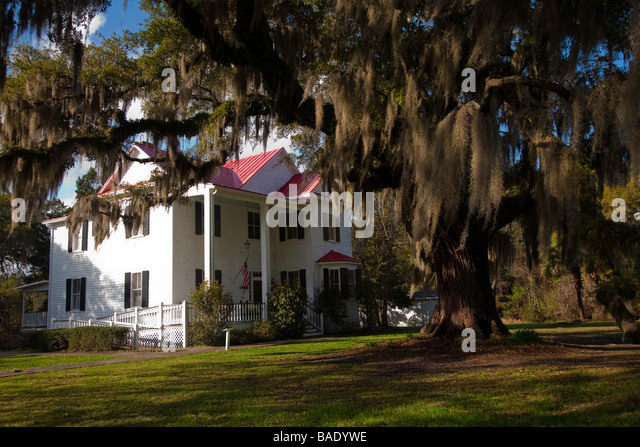 southern mansions stock photos & southern mansions stock images