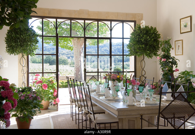 Dining Set Stock Photos & Dining Set Stock Images - Alamy