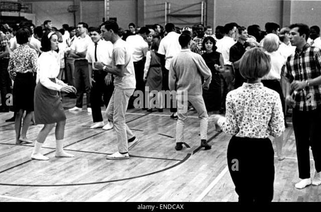 sock hop dance wordreference forums