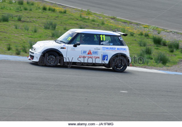 Dunfermline, UK. 4th June, 2017. Morgan Murray powers out of the Hairpin in a Celtic Speed Mini Cooper Cup race - Stock Image