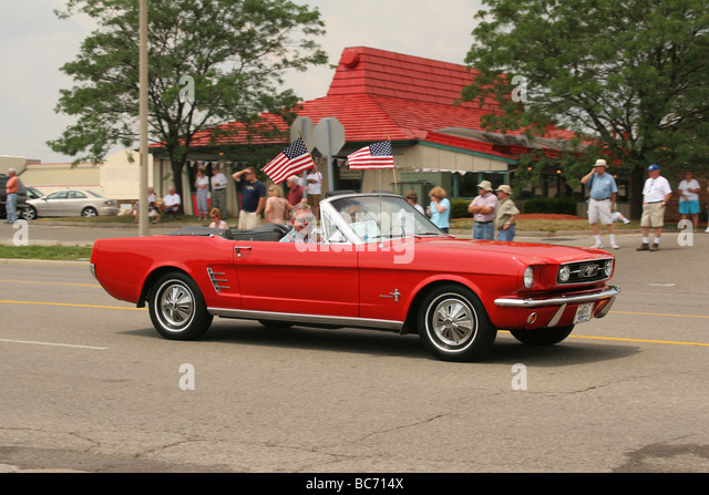 the red convertible theme essay