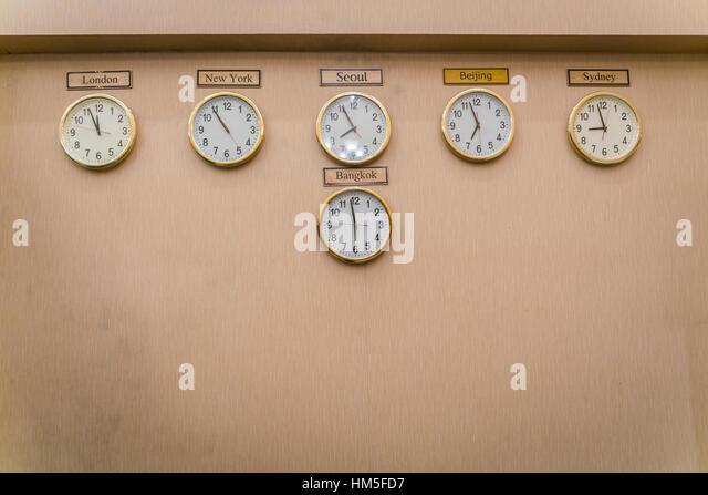 Clocks Time Zones Stock Photos Amp Clocks Time Zones Stock