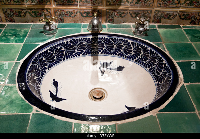 Beautiful Ceramic Pottery Sink With Tile Counter U0026 Backsplash Old Fashioned  Faucets In Lavatory Talavera Factory