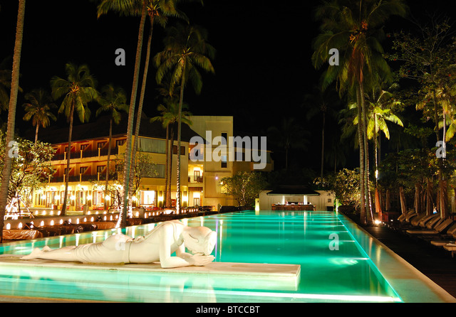 Koh chang bar stock photos koh chang bar stock images alamy for A swimming pool is 50m long and 20m wide