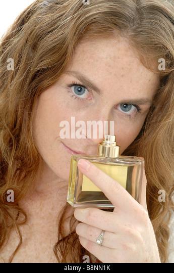 Die weißen Pigmentflecke auf der Hand