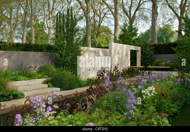 M and g chelsea flower show 2012