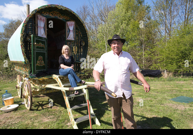 gypsy traveller dating sites In addition there are many small, private, family-owned sites across the county  there are also gypsies and travellers living on unauthorised sites in the county .