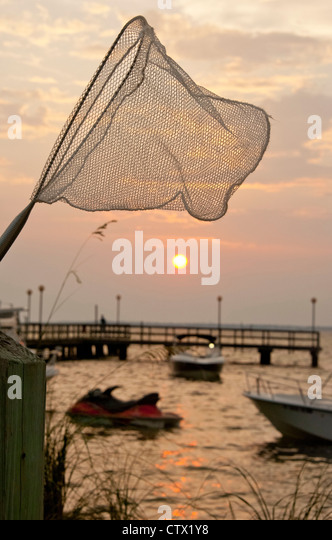 Destin fishing stock photos destin fishing stock images for Pier fishing net