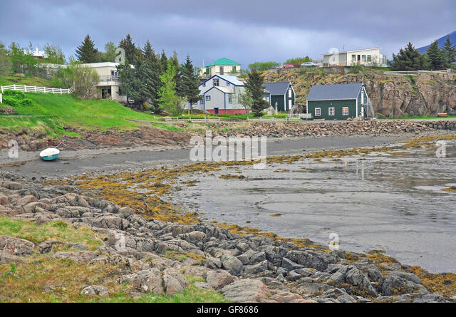 Borgarnes stock photos borgarnes stock images alamy for Iceland lonely house