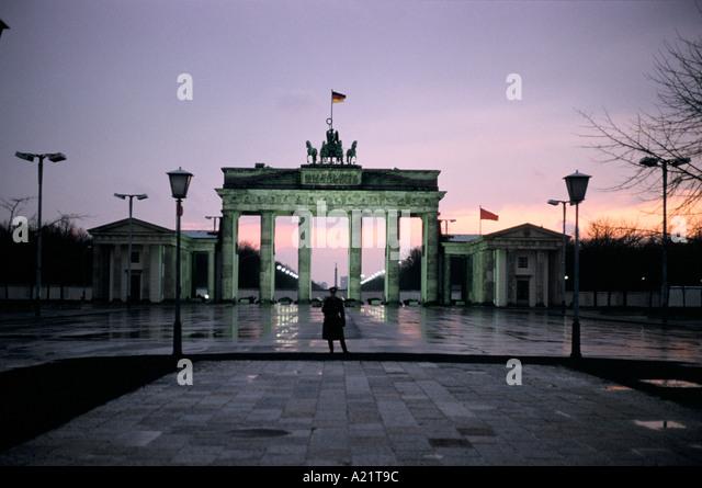 brandenburg gate 1989 - photo #3