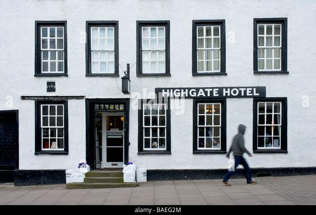 Hotels Near Highgate Hospital