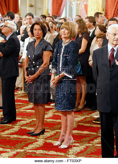 british born anna wintour British-born, new york-based vogue editor in chief anna wintour officially  received her dame commander of the order of the british empire.