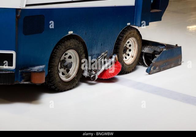 hockey cleaning machine