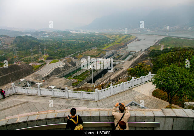 yangtze and yellow river in the three gorges dam project Three gorges dam is the short term for the water control project at the three gorges on yangtze river located in sandouping in yichang, hubei, it is the world's largest hydropower project.
