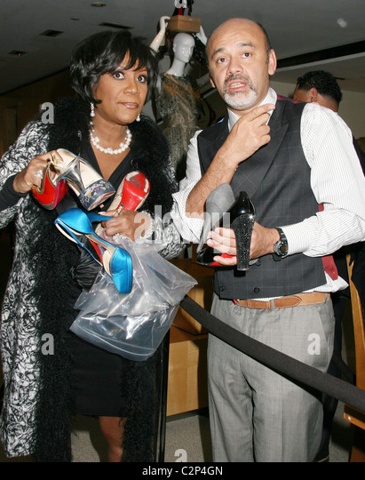 patti-labelle-and-christian-louboutin-the-shoe-designer-of-the-stars-c2p4gn.jpg