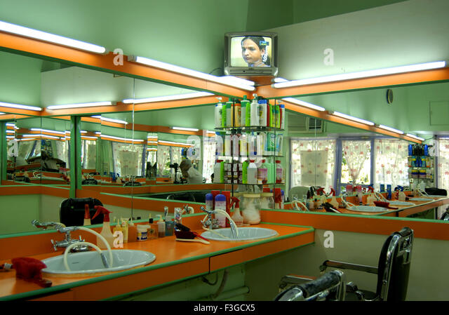 Barber Gcx : Horizontal shot of empty chairs in retro styled barbershop. Hair salon ...