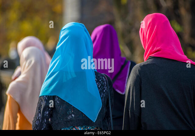 prague muslim single women Czech kids to learn more about islam the lecturers want to explain to czech children what a burka is and why some muslim women the eu mission in prague.