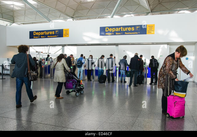 security gate and airport uk stock photos security gate and airport uk stock images alamy. Black Bedroom Furniture Sets. Home Design Ideas