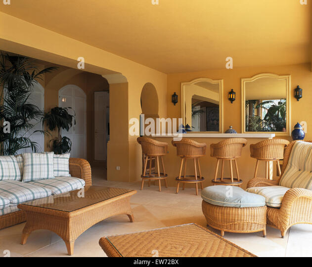 Wicker Sofa Stock Photos Amp Wicker Sofa Stock Images Alamy