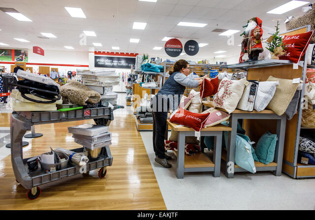 Home goods store tj maxx