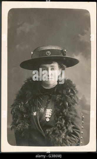 was emily davison s death suicidal or Emily wilding davison (11 october 1872 writer barbara gorna on women's parliamentary radio claiming emily's death to be a tragic accident not suicide june 5 1913, describing the incident that led to emily davison's death.