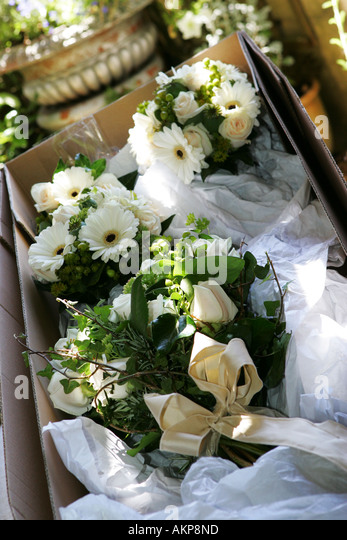 bouquets flowers display uk stock photos bouquets flowers display uk stock images alamy. Black Bedroom Furniture Sets. Home Design Ideas