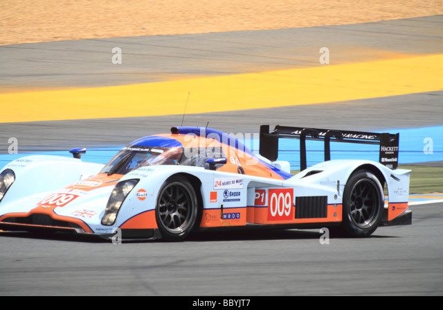 aston martin lmp1 stock photos aston martin lmp1 stock images alamy. Black Bedroom Furniture Sets. Home Design Ideas