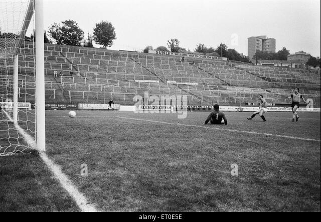 Football Stand 1980s Stock Photos & Football Stand 1980s