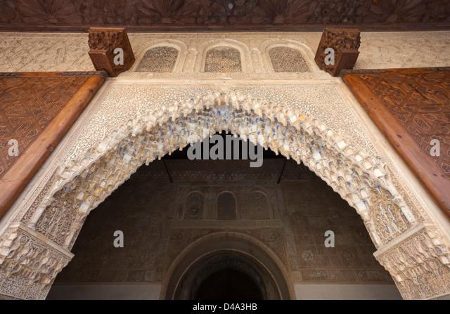 Arabesque arch stock photos arabesque arch stock images for Alhambra decoration