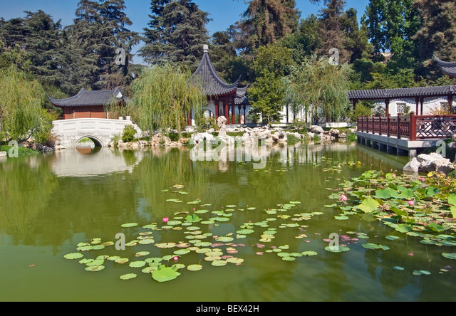 Chinese Garden Bridges Stock Photos Chinese Garden Bridges Stock Images Alamy