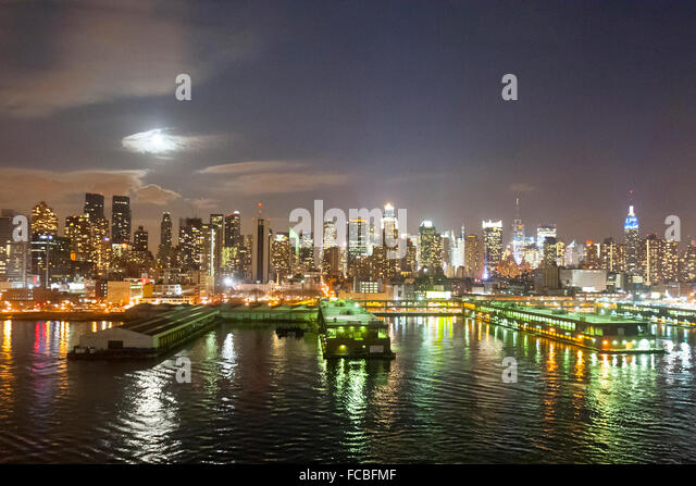 an overview of the hells kitchen in the midtown of manhattan 2 bedrooms at hell's kitchen, midtown manhattan, manhattan for $3,125 posted feb-02-2018 - rental.