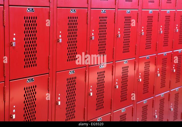School Locker Room Stock Photos & School Locker Room Stock Images ...