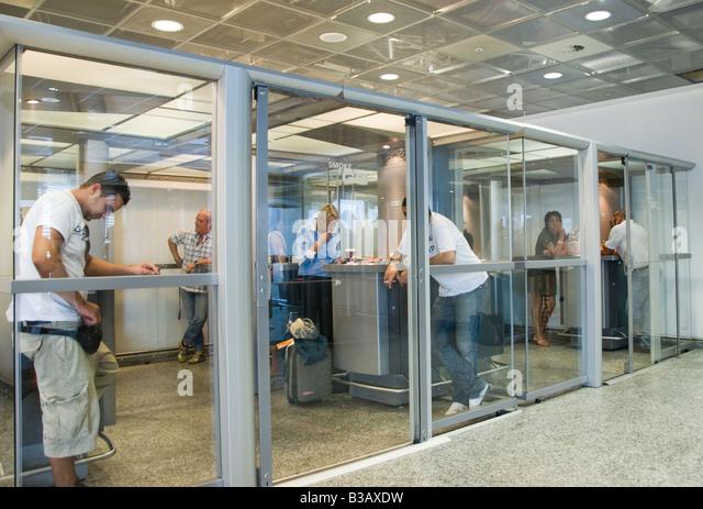 Smoking Room Madrid Airport Terminal