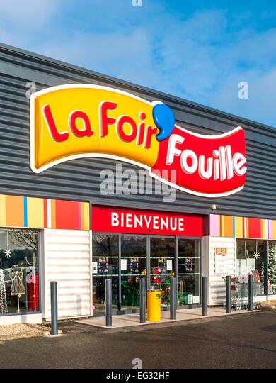 cool ucla foir fouilleud shopping store vienne france stock uc with la foir fouille tours. Black Bedroom Furniture Sets. Home Design Ideas