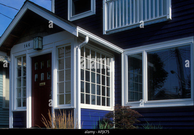 Front exterior craftsman style home stock photos front for Craftsman architectural details exterior