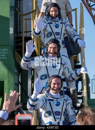 Astronauts Boarding Stock Photos & Astronauts Boarding ...